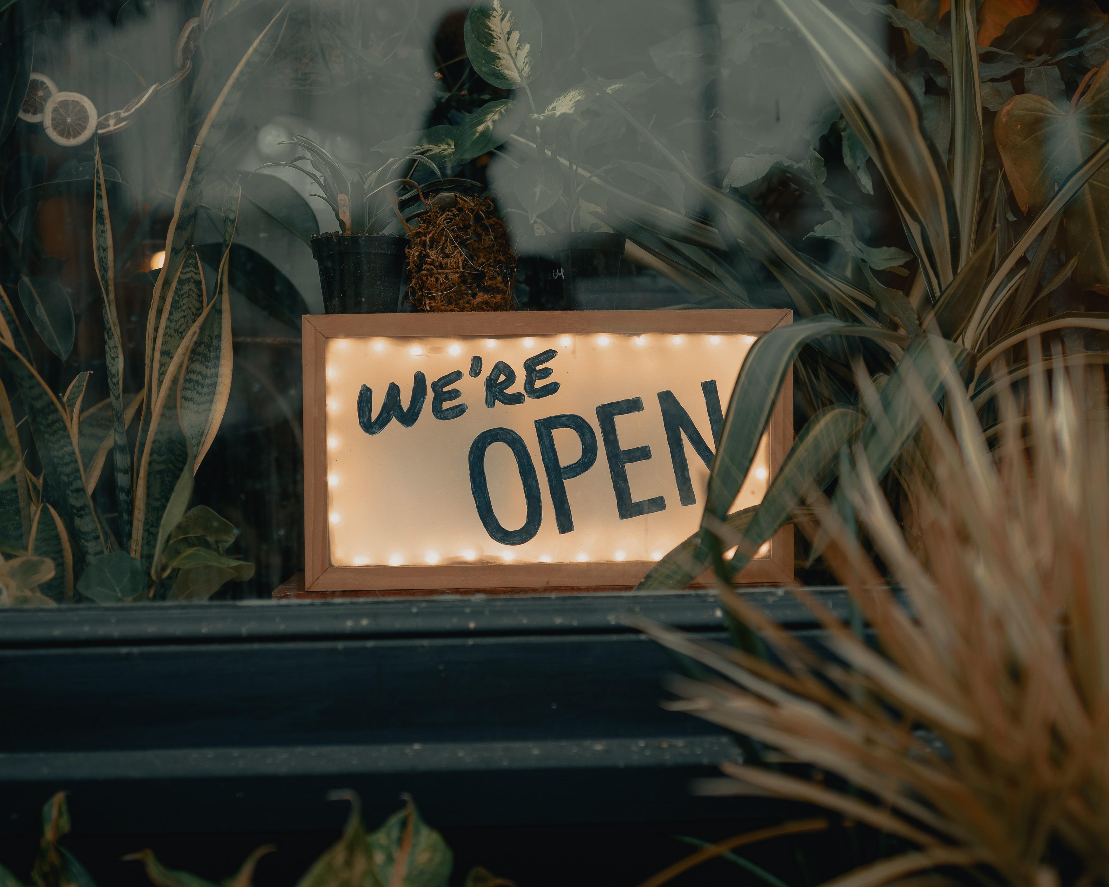restaurant lockdown sales revenue