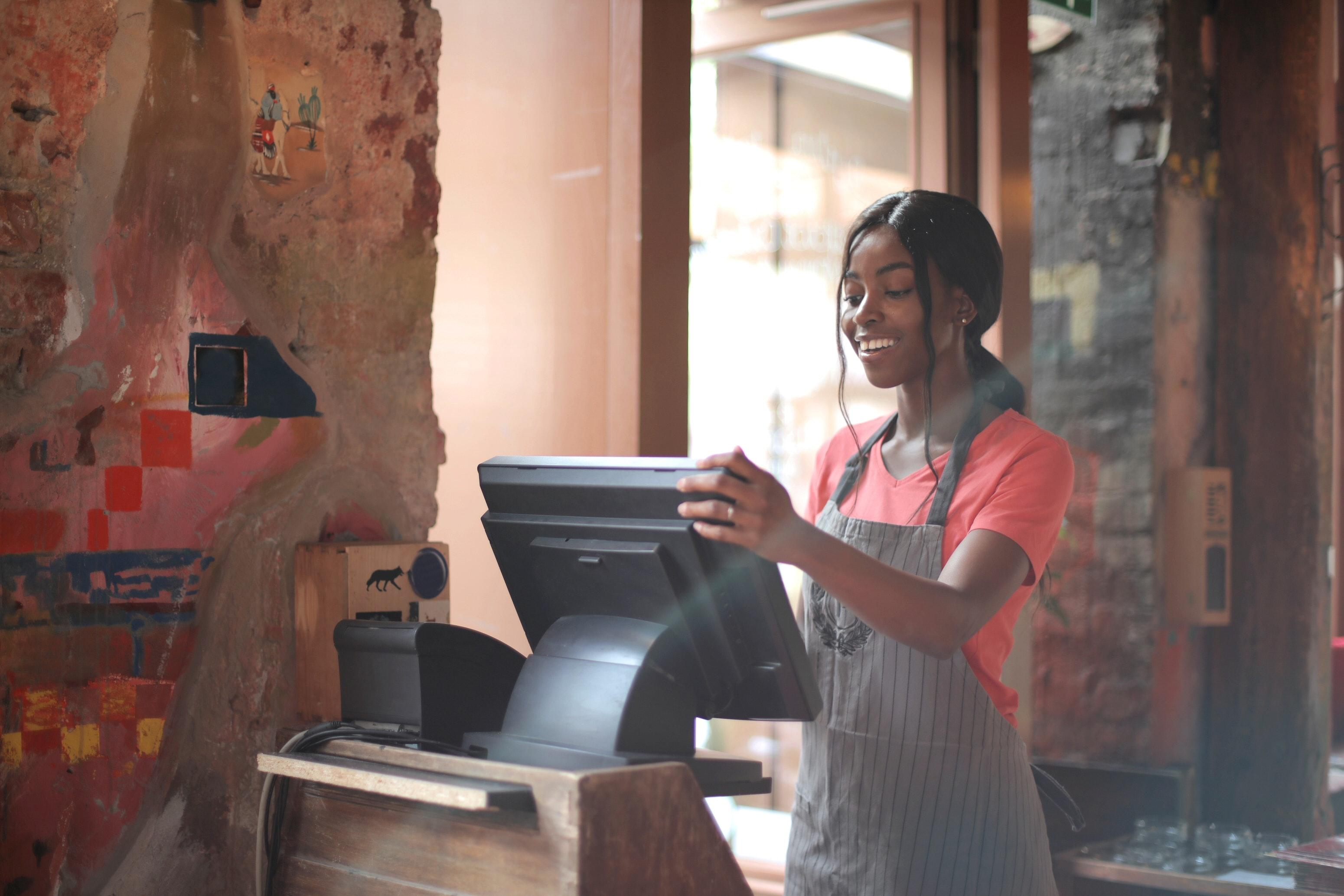 Restaurant server technology systems